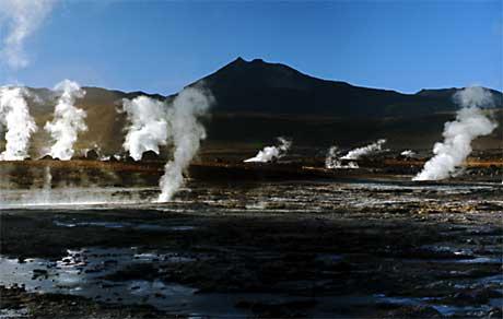 File:Taupo Volcanic Zone New Zealand.jpg