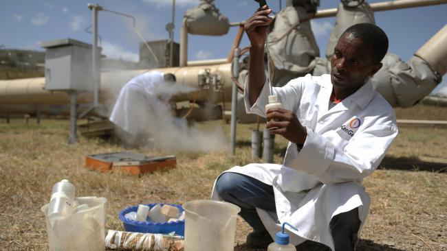 File:Kenya geothermal sampling.jpg