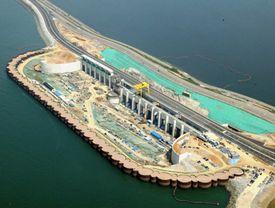 Sihwa tidal barrage power plant.jpg