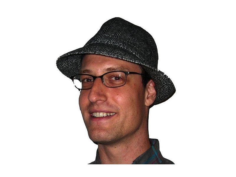 File:Pete in hat.jpg